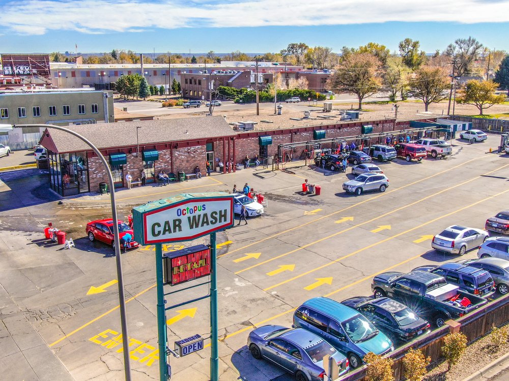 7490 W Colfax Ave, Lakewood, Colorado 80214